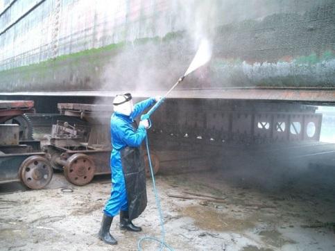 Мойки высокого давления Annovi Reverberi для очистки корпусов судов